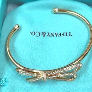 🎀Tiffany & Co 18k Rose Gold diamond Bow bracelet